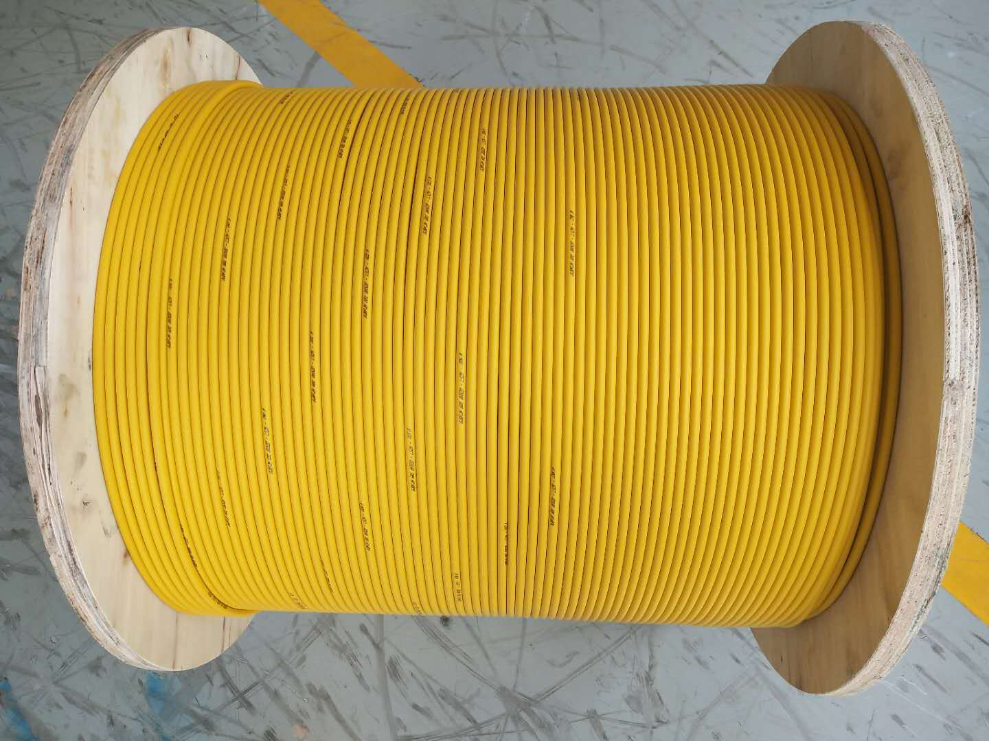 Indoor 4-144F fiber optic cable